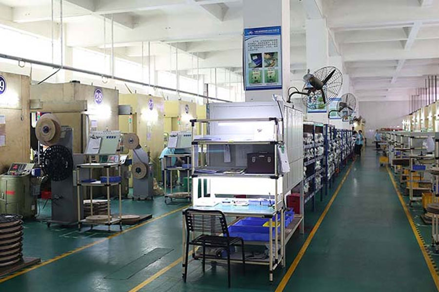 What are the continuous molds for metal stamping parts